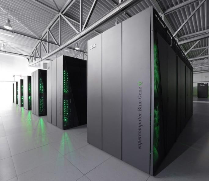 juqueen-jülich (Bild: IBM)