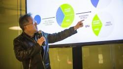 Nvidia-CEO Jen-Hsun Huang bei der Vorstellung der GPU-Beschleuniger für maschinelles Lernen (Bild: James Martin/ CNET).