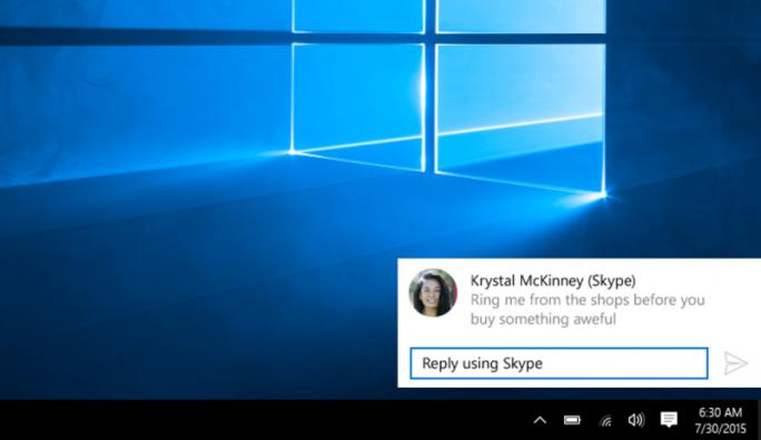 Im Benachrichtigungsfenster der Messaging-App lässt sich direkt auf eingehende Mitteilungen antworten (Bild: Microsoft).