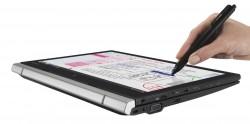 Mit dem mitgelieferten Wacom-Digitizer lassen sich handschriftliche Notizen und Skizzen anfertigen (Bild: Toshiba).