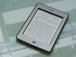 Kindle Touch (Bild: CBS Interactive)