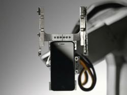 Apples Recyling-Roboter Liam haben vergangenes Jahr rund 1,2 Millionen iPhones zerlegt (Bild: Apple).