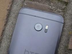 Eine Besonderheit des neuen HTC-Spitzenmodells ist die verbesserte Ultrapixel-2-Kamera mit 12 Megapixeln Auflösung (Bild: Übergizmo).