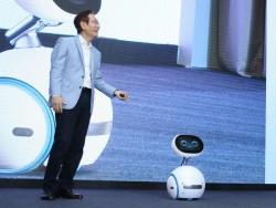 Asus-CEO Jonney Shih hat Zenbo auf der Computex in Taipeh vorgestellt (Bild: Intel).