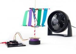 Mit den Experimentierkits lässt sich etwa die Funktion von Windrädern erforschen (Bild: Google).