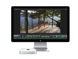 Thunderbolt Display und Mac Mini (Bild: Apple)