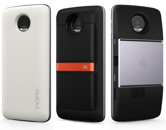 Lenovo bietet für das Moto Z einen Zusatzakku, einen JBL-Lautsprecher und einen DLP-Beamer (von links) als Zusatzmodule an (Bild: Lenovo).