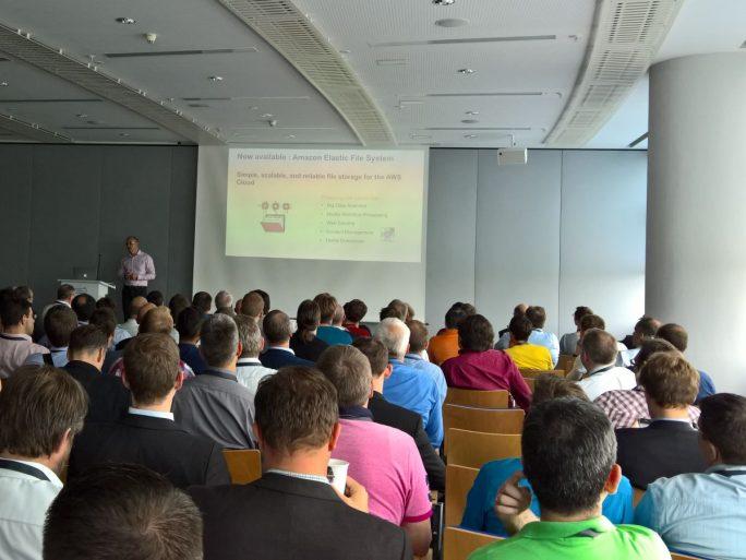 Regen Zuspruch fand beim AWS Summit in Frankfurt die Veranstaltung zu den Neuerungen bei AWS. (Bild: Rüdiger)