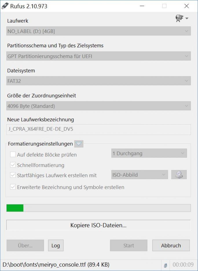 Rufus benötigt im Test circa 11 Minuten für die Erstellung eines startfähigen USB-Sticks mit Windows 10 Anniversary Update (Screenshot: ZDNet.de)
