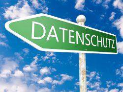 Datenschutz (Bild: Shutterstock.com/Mathias Rosenthal)