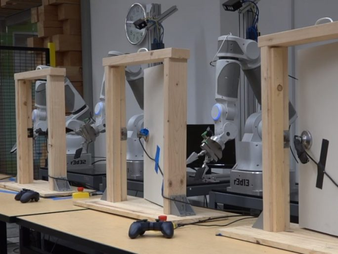 Roboterarme (Bild: Google)