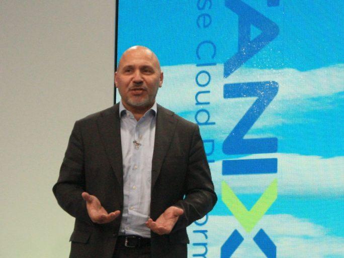Durch seinen Auftritt auf der Nutanix-Kundenkonferenz NEXT in Wien unterstrich Günther Brand, Vizepräsident von Arista Networks, die hohe Bedeutung der neuen Partnerschaft für beide Unternehmen (Bild. ZDNet.de)
