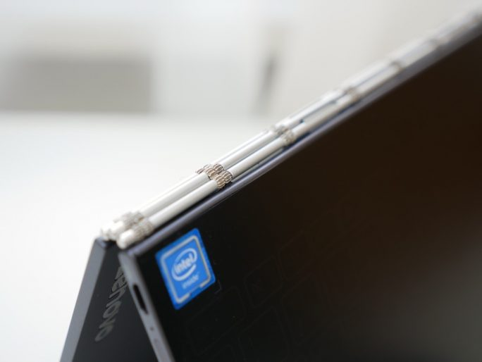 Lenovo Yoga Book Watchband Scharnier (Bild: ZDNet)