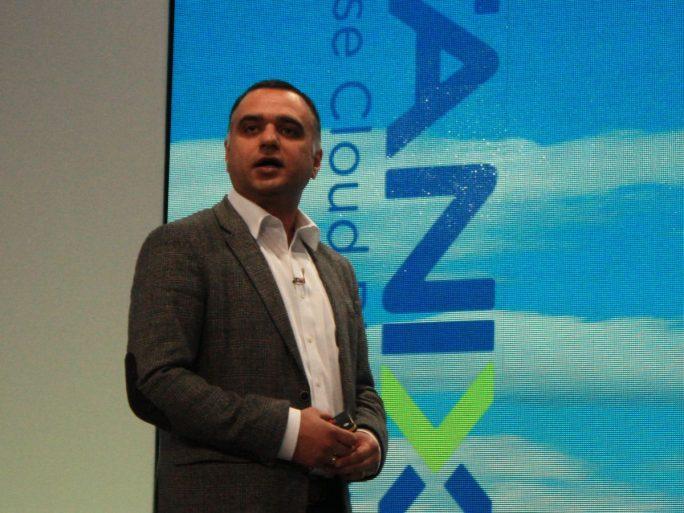 Nutanix-CEO Dheeraj Pandey während seiner Keynote auf der Kundenveranstaltung NEXT in Wien (Bild: ZDNet.de)