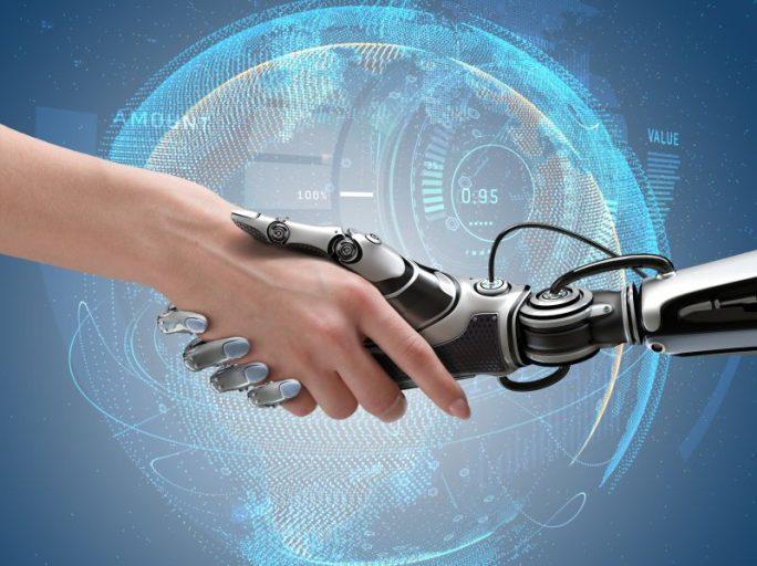 Mensch und Roboter (Bild: Shutterstock/Willyam Bradberry)