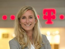 Anette Bronder, die Autorin dieses Gastbeitrags für ZDNet.de, ist Geschäftsführerin Digital Division bei T-Systems (Bild: T-Systems)