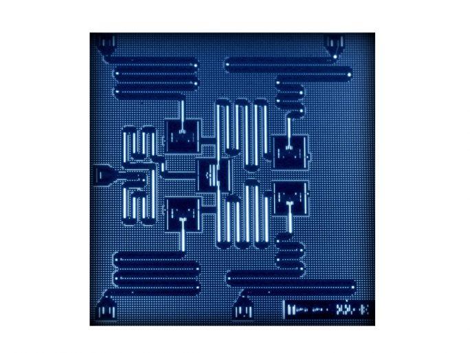Das Layout von IBMs 2015 vorgestellter 5-Qubit-CPU. Neu angekündigt wurden nun Prozessoren mit bis zu 50 Qubits. (Bild: IBM Research)