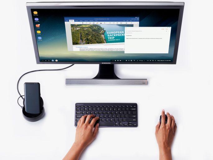 Samsung DeX bietet eine optimierte Desktop-Obefläche und die Möglichkeit, bestimmte Anwendungen im Fenstermodus auszuführen (Bild: Samsung)