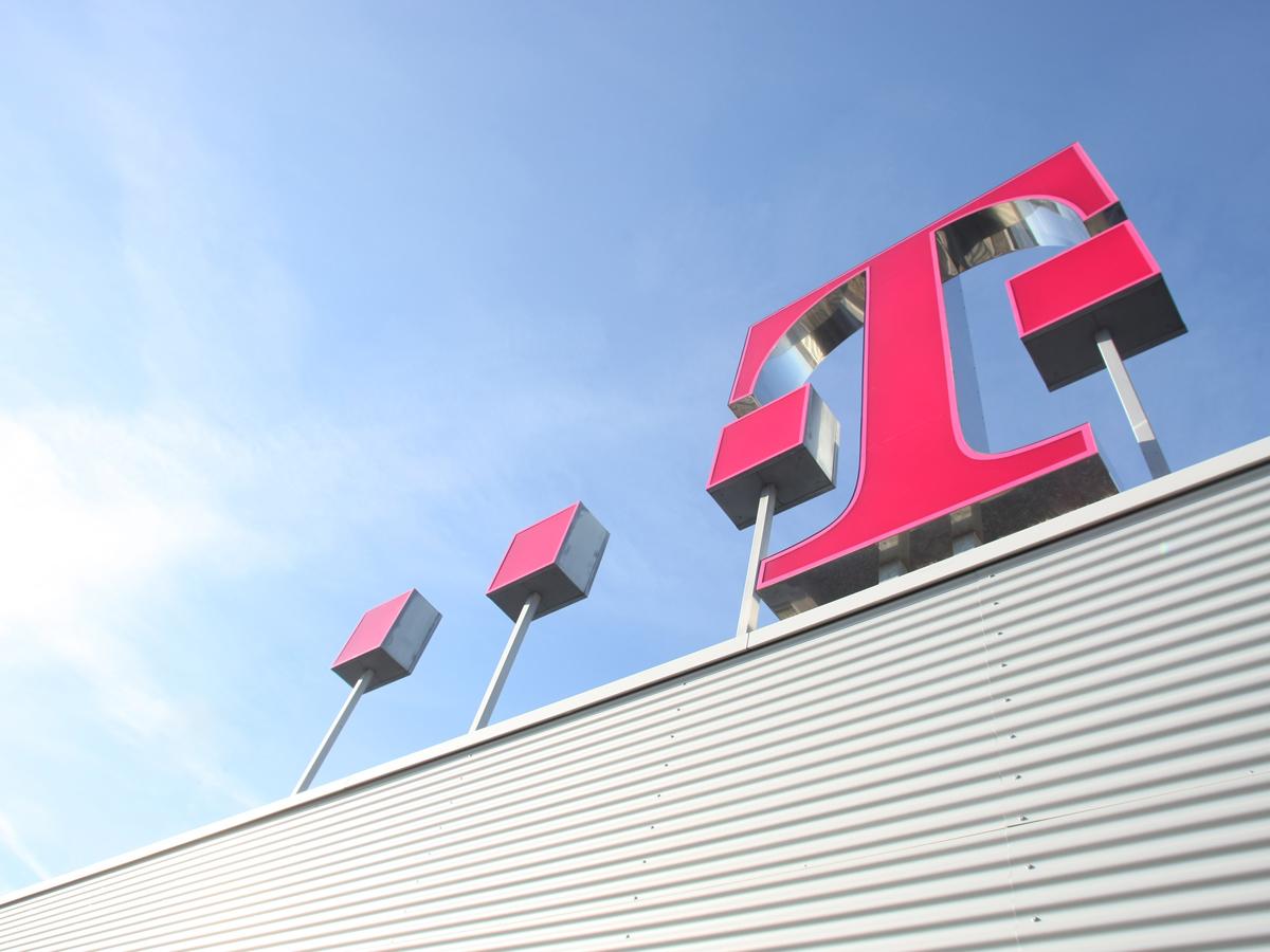 Telekom verkündet Ende von Smartphone-Bloatware