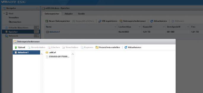 Aktualisierungen für vSphere 6.5 lassen sich im neuen Web-Client auf den Host laden (Screenshot: Thomas Joos).