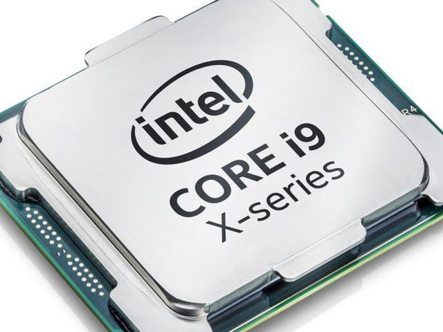 Intels schnellster 18-Kerner Core i9-7980XE kommt in den Handel