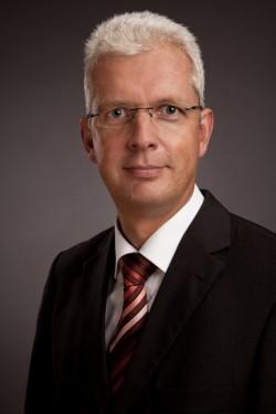 """""""Max Parallel ist auch vorintegriert in Server denkbar"""", sagt Stefan von Dreusche, Sales Director EMEA Central Europe Region, bei Datacore (Bild: Datacore)"""