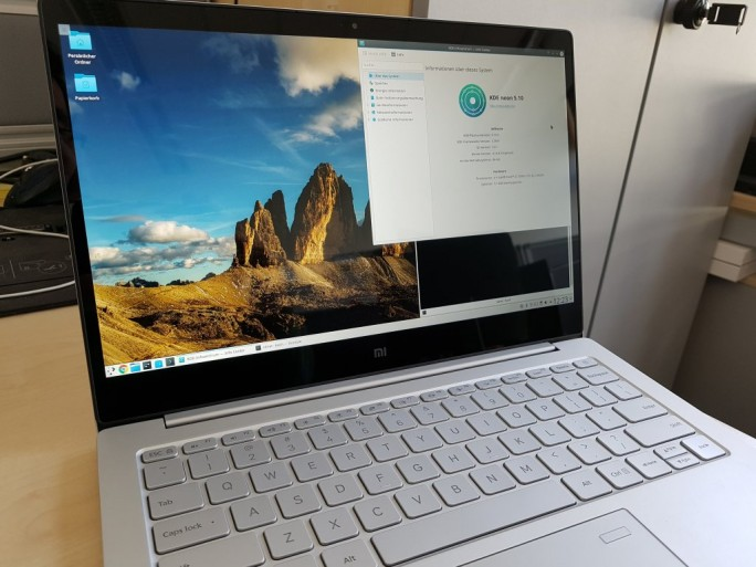 Mi Notebook Air 13,3 (2017) mit KDE Neon (Bild: ZDNet.de)