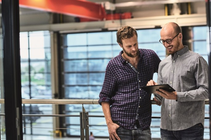 Das neue Büro per 3-D-Rundgang auf dem Tablet besichtigen: Indoor Digitalisierung macht's möglich.(Bild: Telekom)