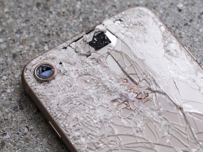 iPhone 8: Reparatur der Glasrückseite kostet bis zu 451,10 Euro