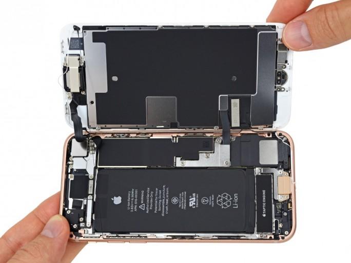 iFixit hat das iPhone 8 zerlegt (Bild: iFixit)