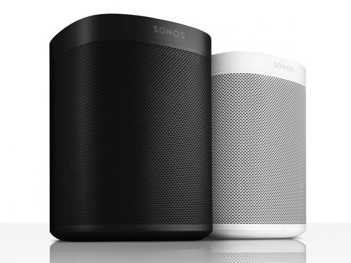 Sonos One unterstützt Amazon Alexa und Google Assistent (Bild: Sonos).