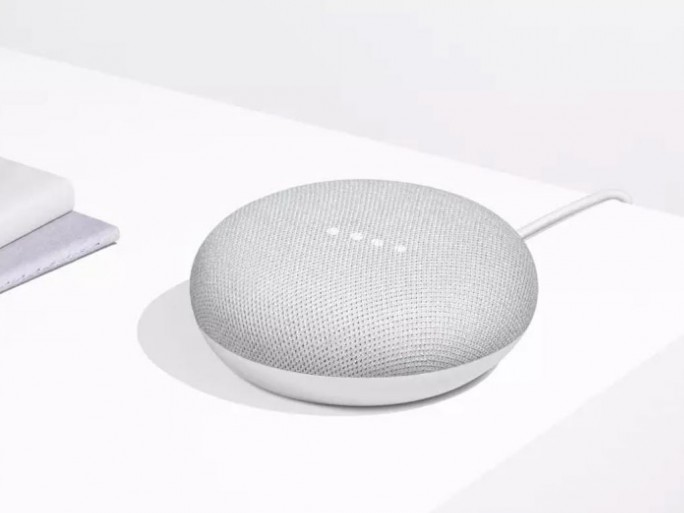 Google Home Mini (Bild: Google)