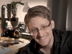 Edward Snowden (Screenshot: ZDNet.de)