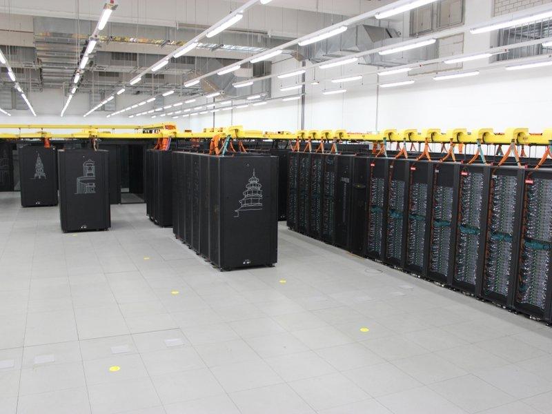 SuperMUC-NG: Neuer Höchstleistungsrechner für das Leibniz-Rechenzentrum