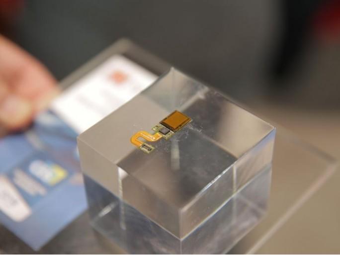 Synaptics-In-Display-Fingerabdrucksensor Clear ID FS9500 (Bild: CNET.com)