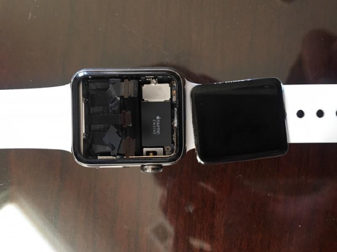 Apple-Watch-Sammelklage (Bild: Kenneth Sciacca)