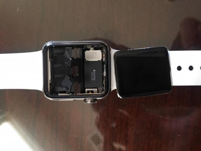 Apple-Watch-Sammelklage (Bild: Kenneth Sciacca)
