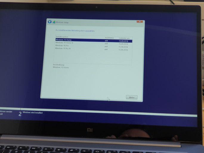 Windows 10 1809: Installation von USB-Stick (Bild: ZDNet.de)