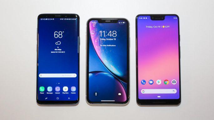 Größtenvergleich: Galaxy S9+, iPhone XR und iPhone XS Max (Bild: Scott Stein CNET).