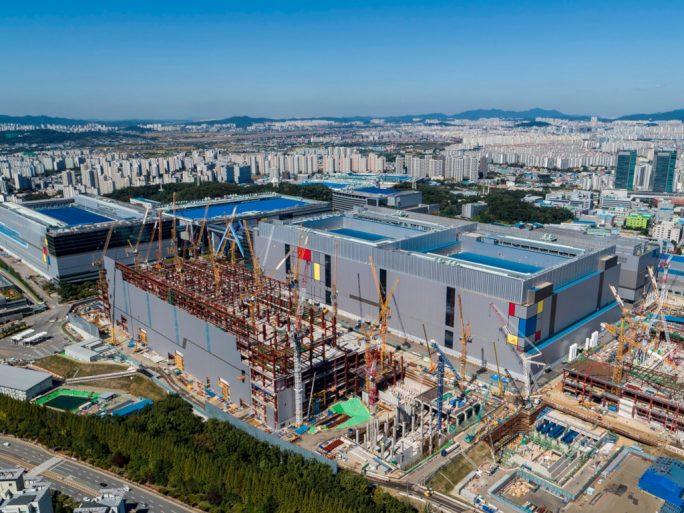 Samsung Electronics startet Produktion im EUV-basierten 7-nm-LPP-Verfahren (Bild: Samsung).