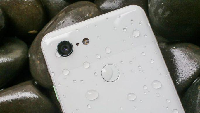 Pixel 3 ist wasserdicht (Bild: Sarah Tew, CNET)