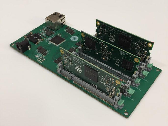 Raspberry Pi Carrier Board (Bild: miniNodes)