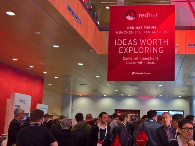 """Viel Andrang unter dem Motto """"Ideas Worth Exploring"""" auf dem Red-Hat-Forum im bayerischen Unterschleißheim (Bild: Ariane Rüdiger)"""