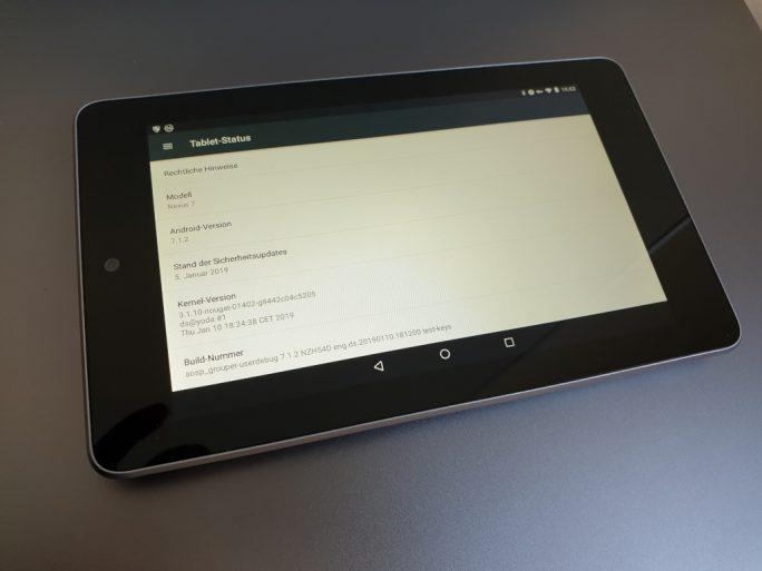 Nexus 7 aus dem Jahr 2012 mit aktuellen Sicherheitsupdates (Bild: ZDNet.de)