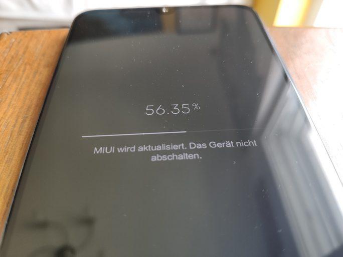 MIUI-Neustart: Beta-Version wird installiert (Bild: ZDNet.de)