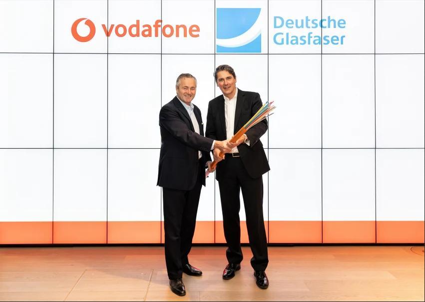 Vodafone und Deutsche Glasfaser kooperieren bei Glasfaserausbau für Privatkunden