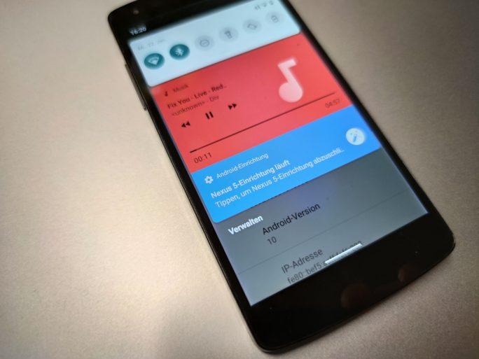 Nexus 5 mit Android 10 (Foto: ZDNet.de)