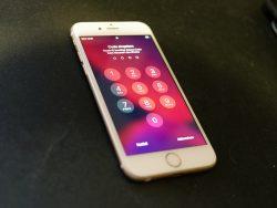 Gesperrtes iPhone 6S (Bild: ZDNet.de)