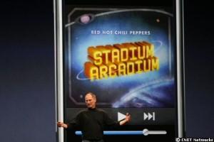 Während der Musik zeigt das Iphone die Cover der Alben an.