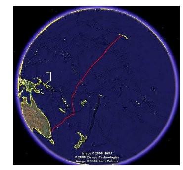 Dieses Bild zeigt die vom Alcatel-Kabelschiff benutzte Route zwischen Australien und Hawaii. Es zeigt auch deutlich, wie bestimmte Regionen umfahren wurden (Bild: Alcatel-Lucent/NASA).
